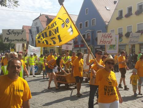 134 Menschen zeigten ihre Entschlossenheit beim Volksfestzug