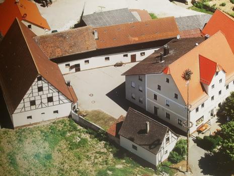 Wirtshaus Kirwa in Hagenhausen